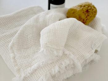 """Håndklæde """"Slättaröd"""""""